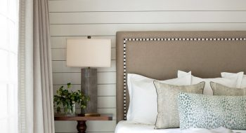 shiplap bedroom featured img